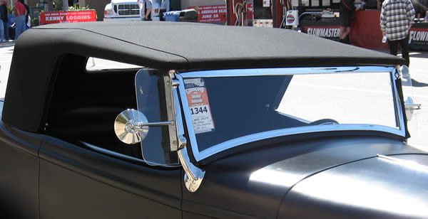 Photo of Mike's roadster at Good Guys, Del Mar showing texture of the StayFast fabric he selected.